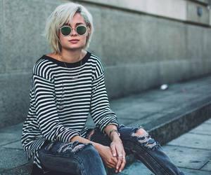 nina nesbitt and fashion image