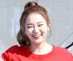 seulgi, red velvet, and kang seulgi image
