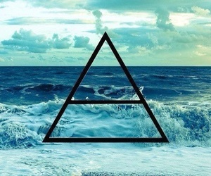 30stm, sea, and triad image
