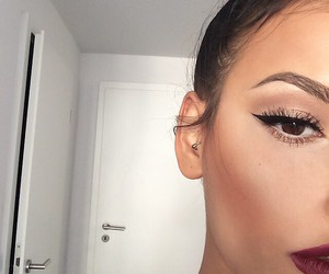 makeup, girl, and eyeliner image