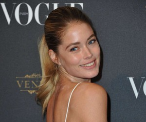 Doutzen Kroes and fashion image