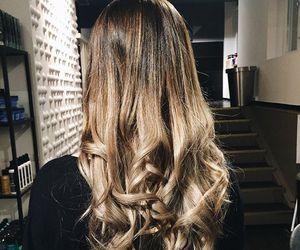 hair, long hair, and balayage image