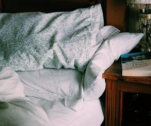 vintage, bed, and indie image