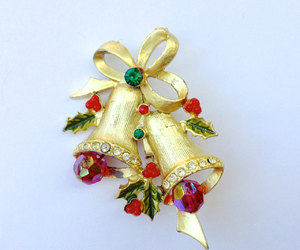 etsy, holiday jewelry, and christmas pin image