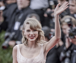 Taylor Swift, red, and met gala image
