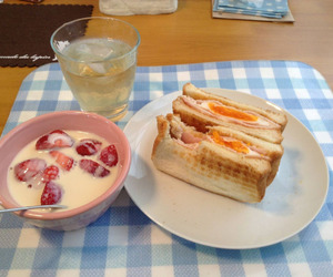 food, sandwich, and strawberry image