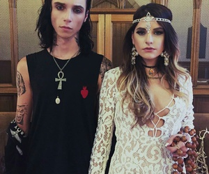andy biersack, juliet simms, and love image