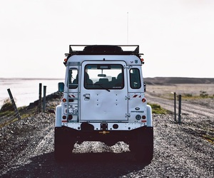 car and defender image