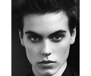 androgynous, black n white, and woman image