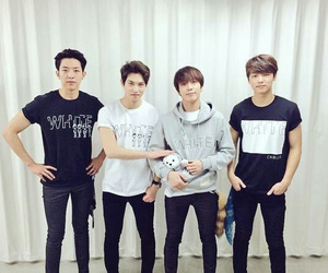 cnblue and yonghwa image