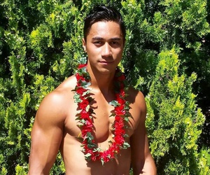 dancer, tahitian dancer, and Hot image