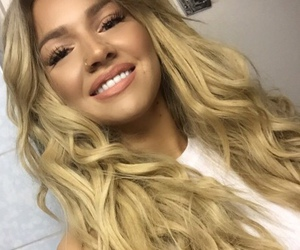 make up, selfie, and shirin david image