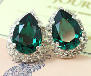 christmas, earrings, and emerald image