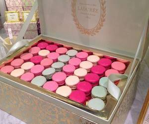 food, laduree, and pink image