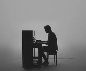 piano, kygo, and black and white image