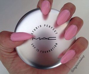 compact, mac, and mac cosmetics image