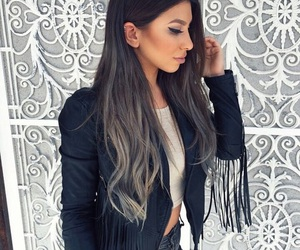 girl and hair color image