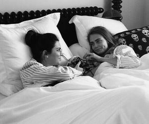 kendall jenner, friends, and cara delevingne image