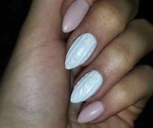 hybrid, nails, and semilac image