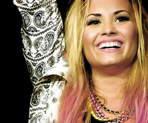 demi lovato, smile, and pink image