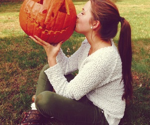 girl, pumpkin, and autumn image
