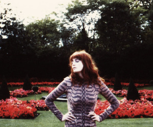 2009, florence welch, and vogue image