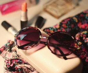 chic, sunglasess, and girly image