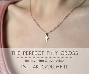 cross, etsy, and necklace image