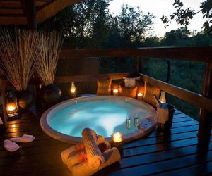 relax, romantic, and jacuzzi image