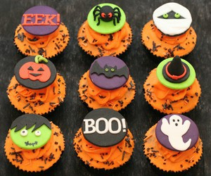 cupcake, Halloween, and pumpkin image
