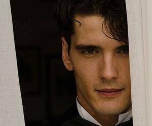 actor, espanol, and yon gonzalez image