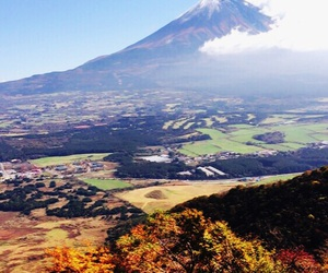 Image by uzukana