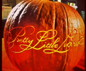 Halloween, pll, and pretty little liars image