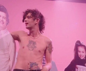 music, pale, and the 1975 image
