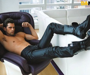 black, sean o pry, and model image