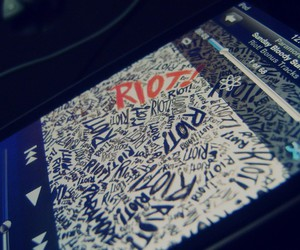 ipod, paramore, and riot image