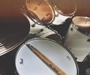 drums, cymbals, and drumsticks image