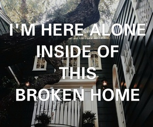 broken home, soundsgoodfeelsgood, and 5sos image