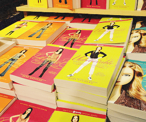 book, pll, and pretty little liars image