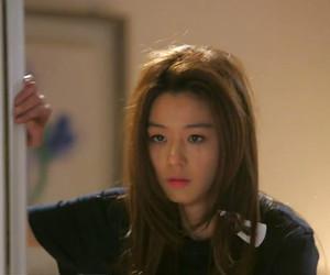 man from the stars, cheon song-yi, and ji-hyun jun image