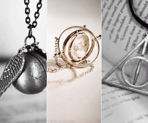 harry potter, relique de la mort, and vif d'or image