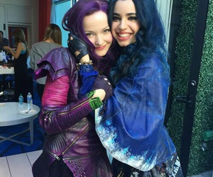 dove cameron, descendants, and sofía carson image