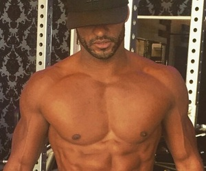lincoln, ricky whittle, and the 100 image