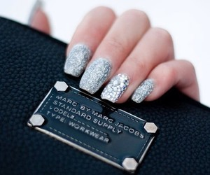 nails, marc jacobs, and glitter image