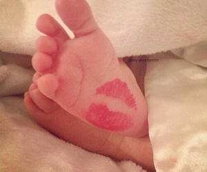 baby, family, and lips image