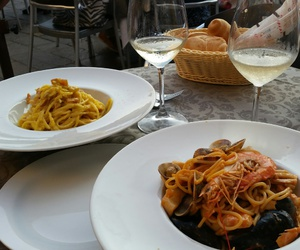 pasta, seafood, and venice image