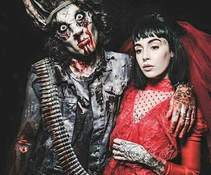 oliver sykes, bmth, and hannah snowdon image
