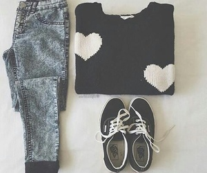 black, heart, and clothes image