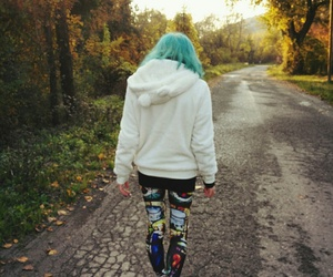 autumn, hair, and leggings image