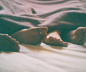 beautiful, bed, and feets image